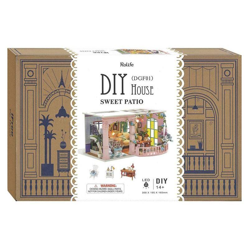 DIY  Mini House Sweet Patio